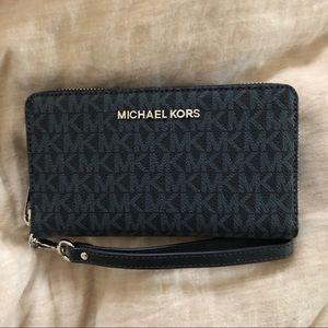 Navy Michael Kors wallet/smartphone case